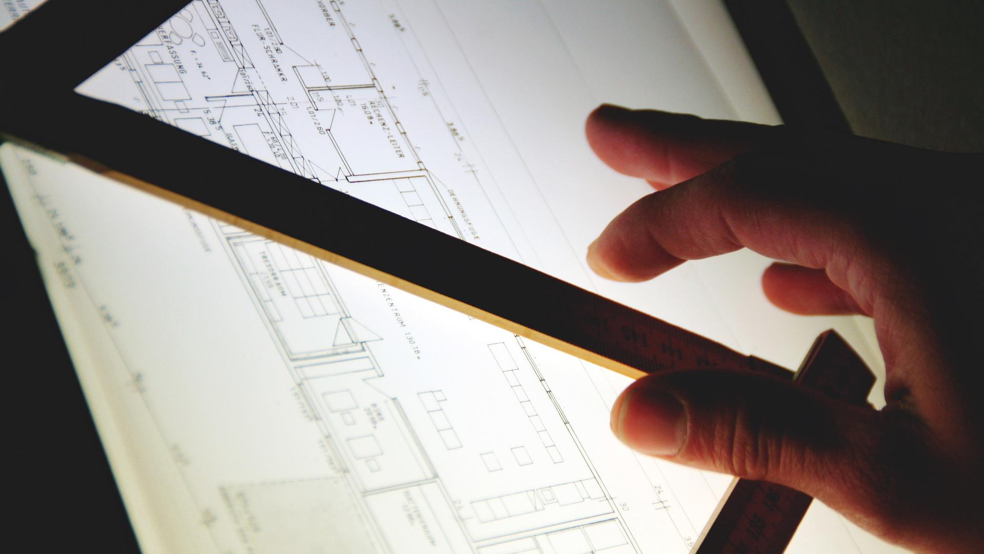 les offres d emploi s affichent sur la toile pour les architectes et les g om tres obonplan. Black Bedroom Furniture Sets. Home Design Ideas
