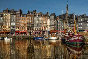La ville d'Honfleur, en Normandie